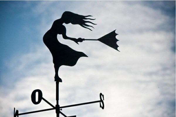 veleta-de-mujer-contra-el-viento-pintada-con-epoxi-D_NQ_NP_740201-MLA20277978575_042015-F